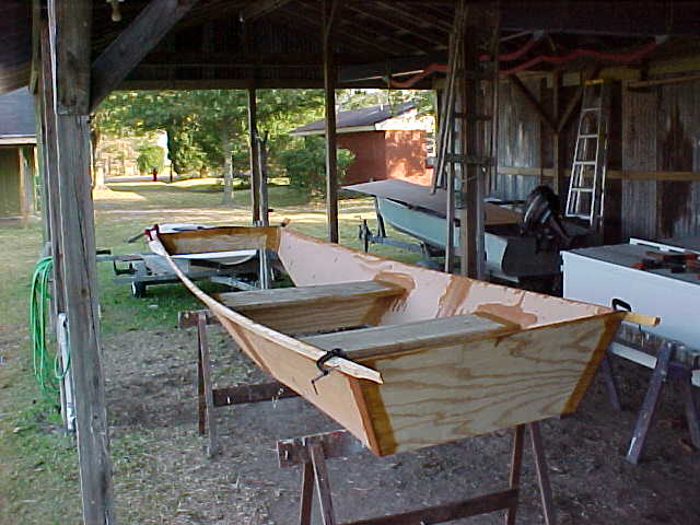 ... ?130126-what-is-the-best-caulk-to-use-on-my-homemade-plywood-jon-boat